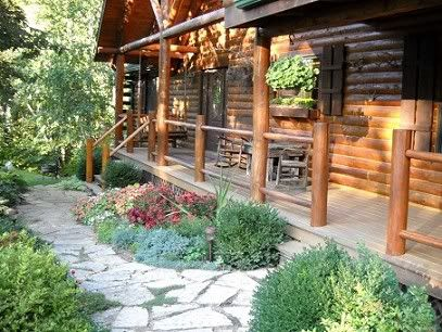 Log home landscaping ideas for Cabin landscaping