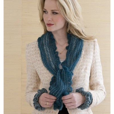 """9 Christmas Knitting Patterns: Easy Knit Scarves for the"