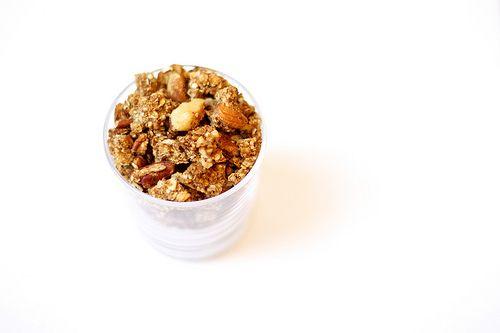 ... use for overripe bananas - vegan & gluten-free banana nut granola