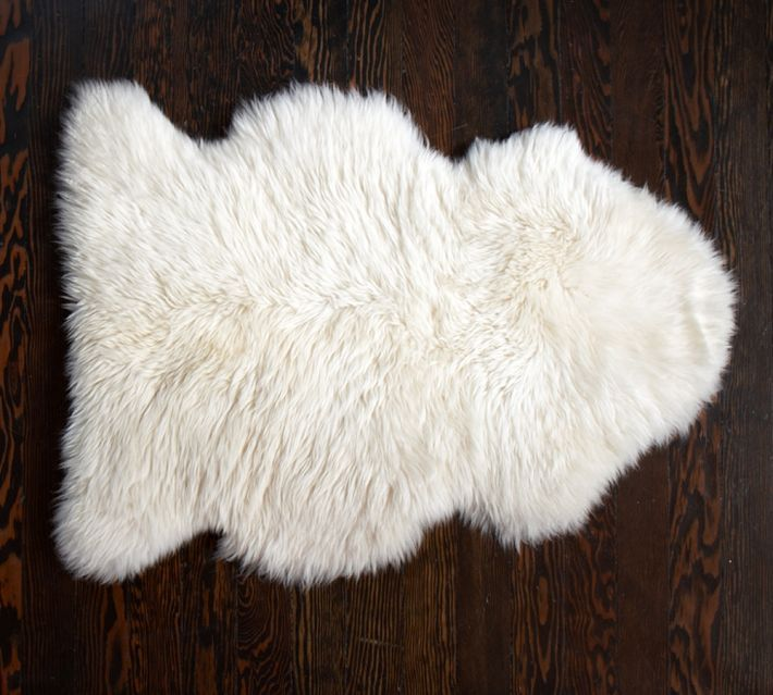 Sheepskin rug things pinterest for Sheep skin rug