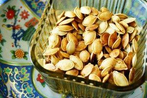 Sweet 'N Salty Roasted Pumpkin Seeds | food things | Pinterest