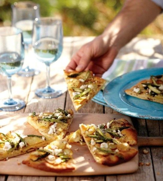 White Pizza with Potatoes and Asparagus