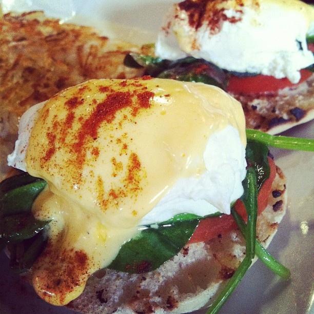 veggie eggs benedict | Yum. | Pinterest