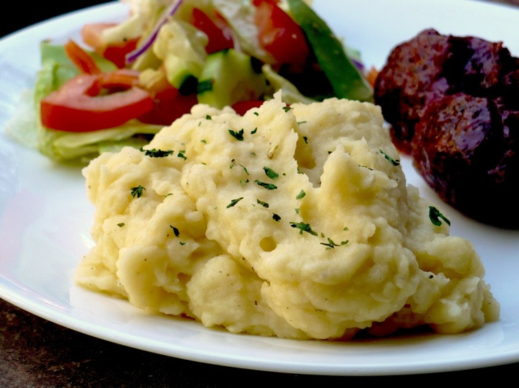 Cheddar Garlic Mashed Potatoes | Side Dishes | Pinterest