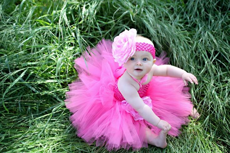 pink tutu girl. www.layceelemons.com