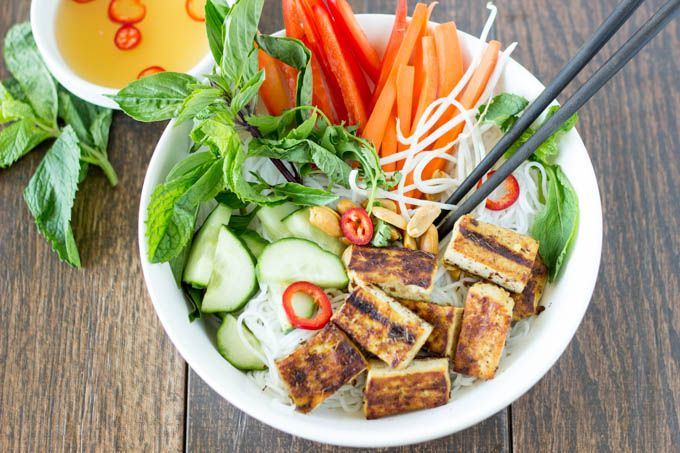 Vietnamese Noodle Salad with Grilled Lemongrass Tofu