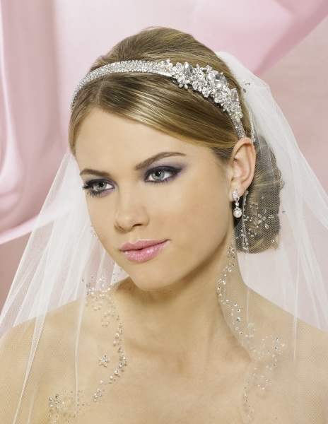 Headband With Sleek Hair And Veil? | Wedding | Pinterest