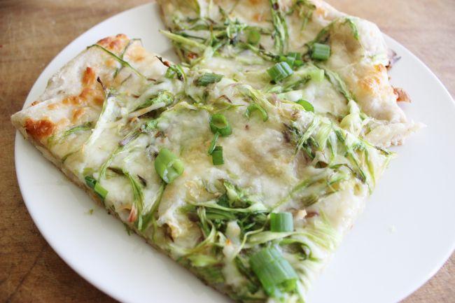 shaved asparagus pizza.