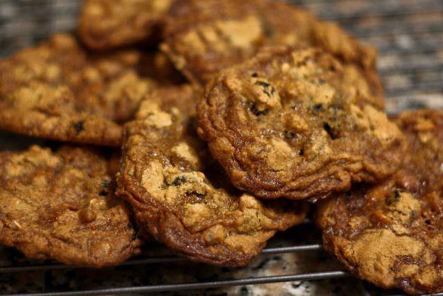 Bacon Oatmeal Raisin Breakfast Cookies | Nom | Pinterest