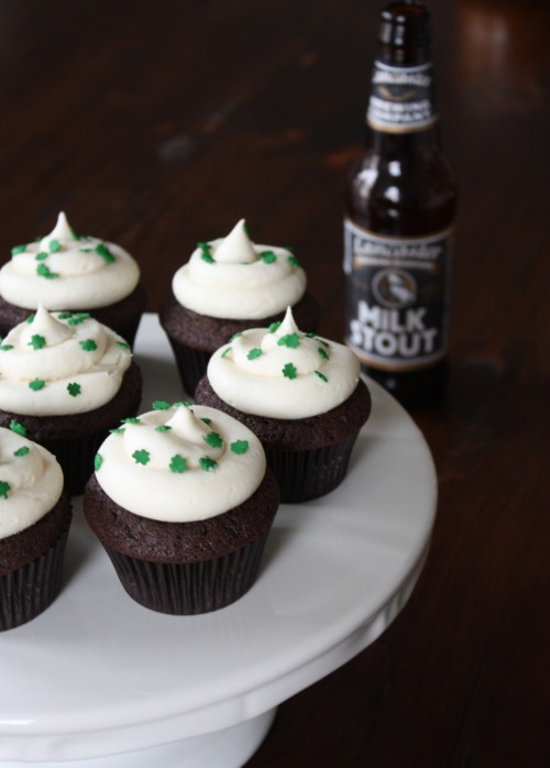 chocolate stout cupcakes (guinness) with bailey's irish cream frosting
