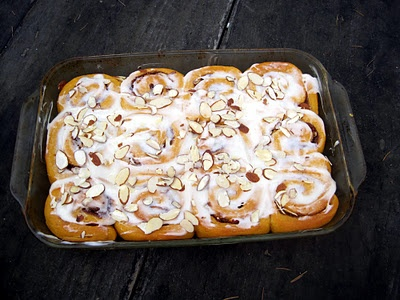 Sweet Potato Cinnamon Rolls with Almonds and Maple Glaze Recipe