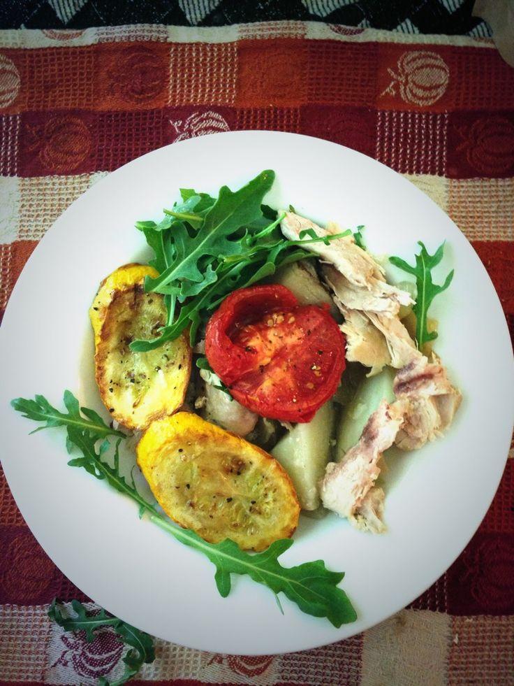 Grilled Tomato & Zucchini Chicken Arugula Salad. Yummy for your yummy!