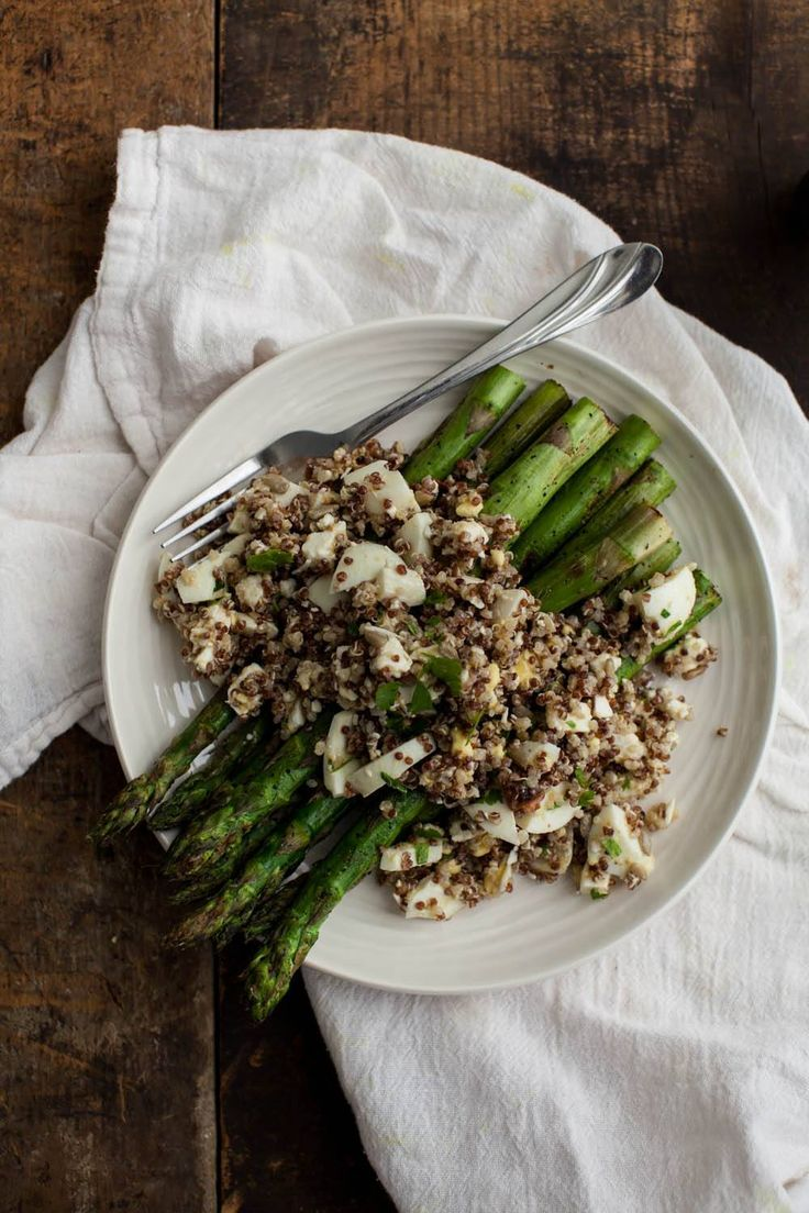 Quinoa Egg Salad with Grilled Asparagus | Recipe