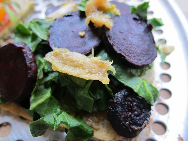 "Meghan Telpner: ""Roasted beet with roasted garlic and spinach"" http..."