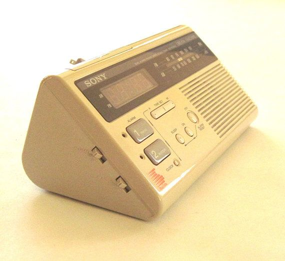 sony dream machine icf c220w digital alarm clock radio dual alarm. Black Bedroom Furniture Sets. Home Design Ideas