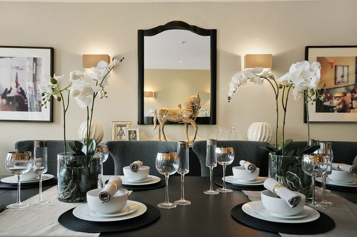 Dining table dressing ellerton road pinterest for Dining table dressing