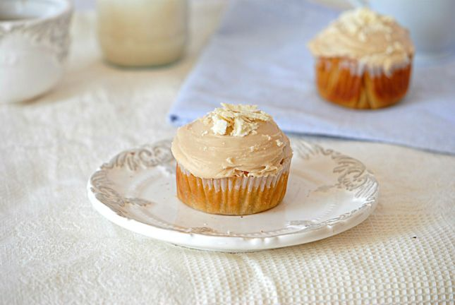 White Chocolate Cupcakes with White Chocolate Frosting