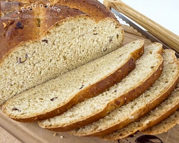 Dates and Granola Bread | Roti n Rice