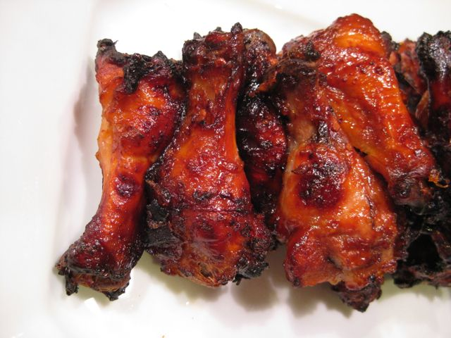 Apricot sriracha chicken wings | Snacks , Foods ,and Desserts | Pinte ...