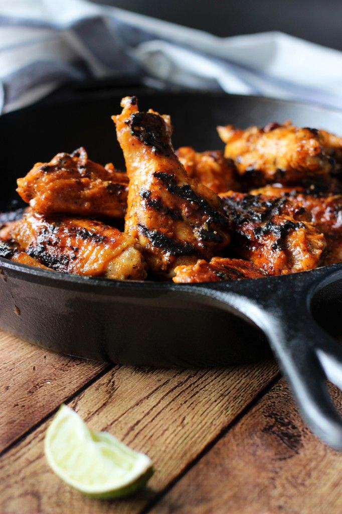 ... and sriracha http www thecookingjar com grilled sriracha hot wings