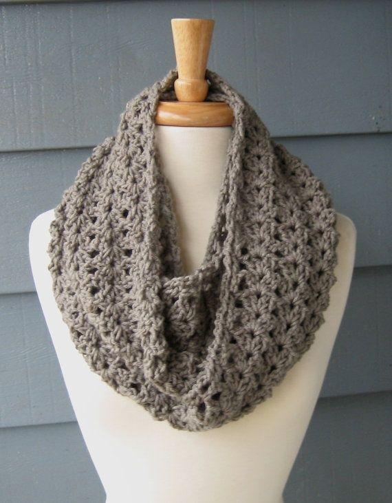Crochet Infinity Scarf Pattern Shell : Crochet Infinity Scarf Knitting & Crochet Pinterest