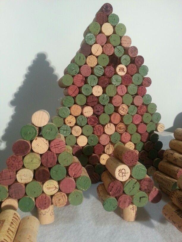 wine cork christmas trees wine cork ideas pinterest. Black Bedroom Furniture Sets. Home Design Ideas