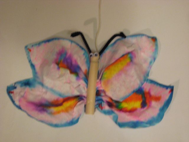 Coffee filter butterfly craft for Kindergarten.