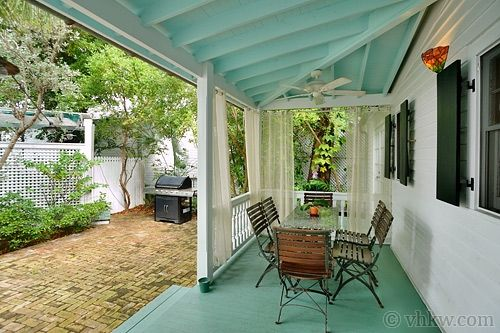 Key West Backyard Ideas :  floor to match Fabulous garden courtyard setting  Key West Rentals