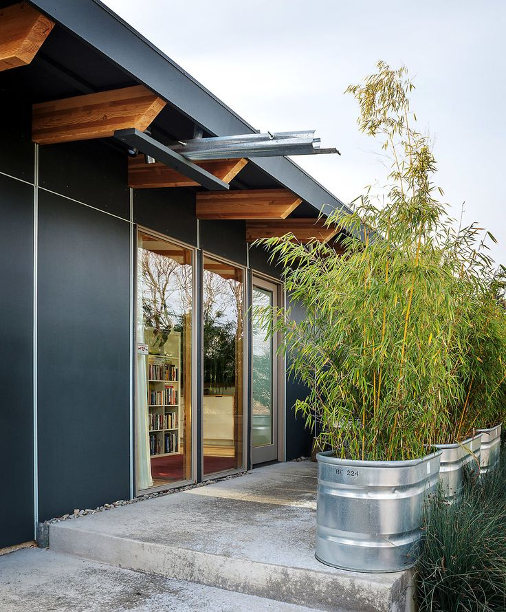 700 Sq Foot House In Portland Cabin Photos Pinterest
