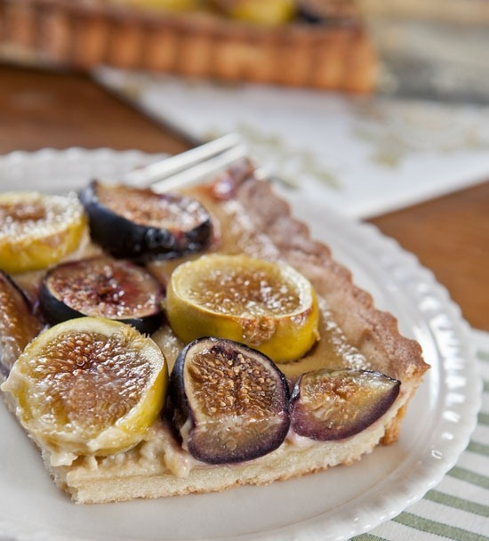 fresh fig tart with orange flower custard. this sounds so original ...