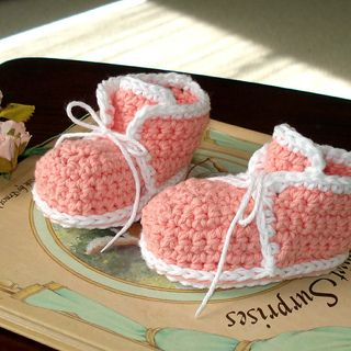 Free Crochet Pattern For Baby High Tops : BABY HIGH TOPS PATTERN Free Baby Patterns