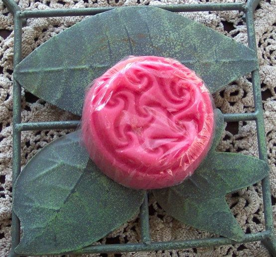... Red Celtic Triskelion Cherry Amaretto Soy Tart by BoerBarn, $3.00