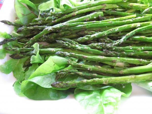 Roasted Asparagus Salad with Dijon Vinaigrette- vegetariansalmon ...