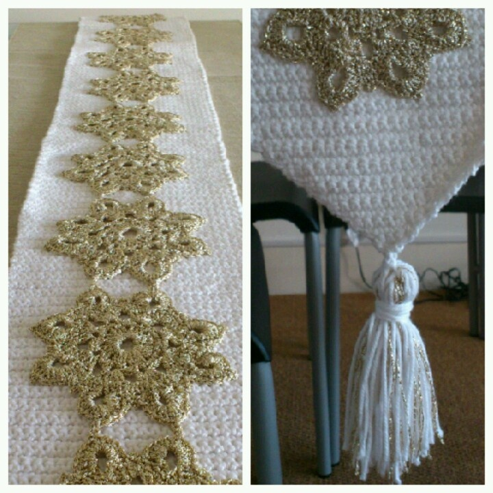 Crochet Table Runner : Christmas crochet table runner Crochet Pinterest