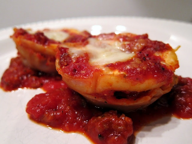 "Lasagna ""Cupcakes""   Plain Chicken"