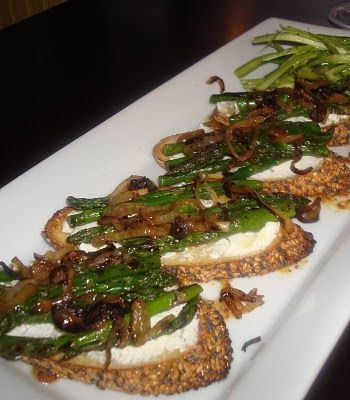 Asparagus and fried shallot crostini | Appetizer/ Snacks / Party Food ...