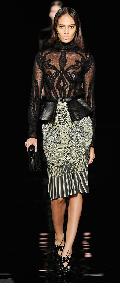 Texture on ht ebodice top is so interesting I almost don't mind the leather peplum flaps  --Etro Woman Autumn Winter 2012-13 Runway Show