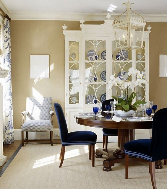 Beautiful painted hutch dining rooms pinterest for Painted dining room hutch ideas
