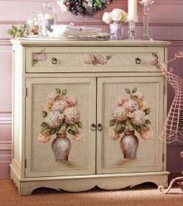 Декупаж мебельной стенки салфетками своими руками 2