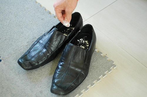 how to kill foot odor in shoes