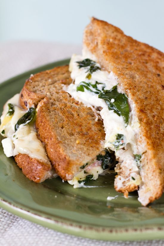 Spinach & Artichoke Grilled Cheese. #grilled #sandwich #recipe