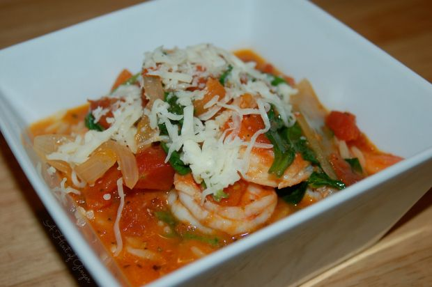 Sautéed Shrimp with Tomatoes, Onions, and Spinach Over Pasta   A Hint ...