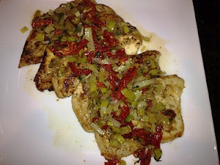 Chicken with Leeks, Sun-Dried Tomatoes in White Wine Sauce