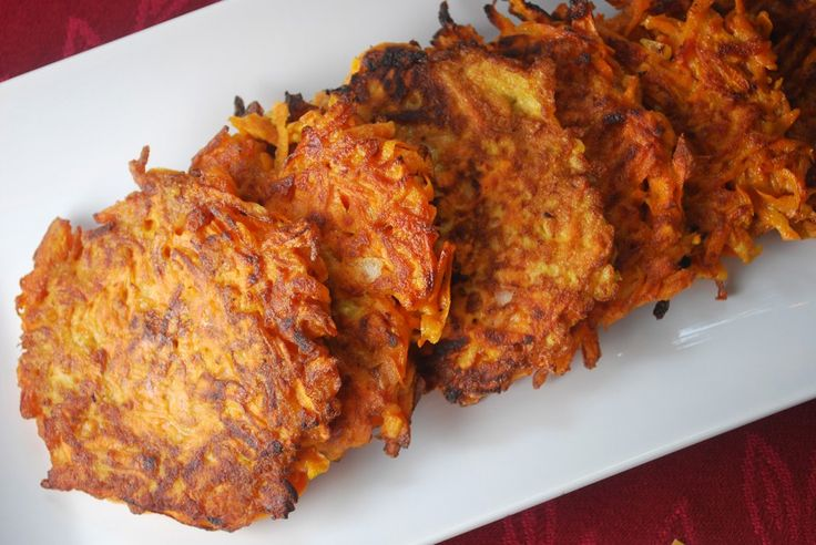 Sweet Potato Latkes - crispy and slightly sweet, these are a great ...