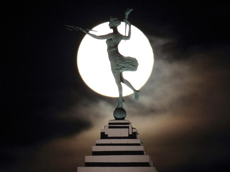 Spirit of Progress (statue)
