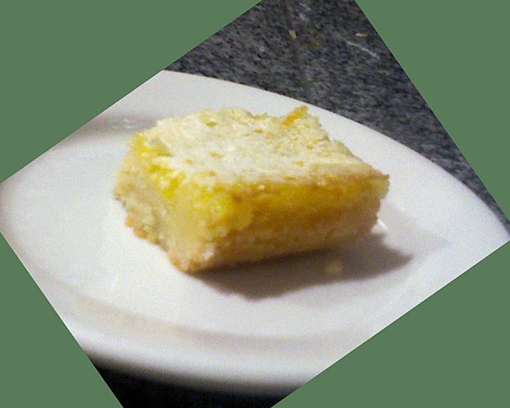 Easy Shortbread Lemon Bars - great and easy dessert for the holidays.