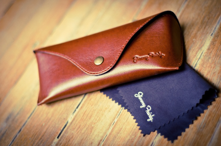 Vintage glasses pouch leather craft ideas pinterest for Wholesale leather craft supplies