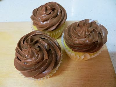 ... Buttermilk Orange Zest Cupcakes with Chocolate Cream Cheese Frosting