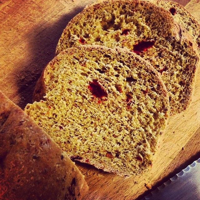 beet bread with garlic thyme whole wheat no knead