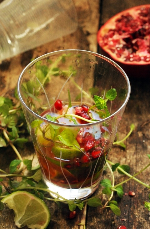 Pomegranate mojito | Drink & Be Merry: Cocktails | Pinterest